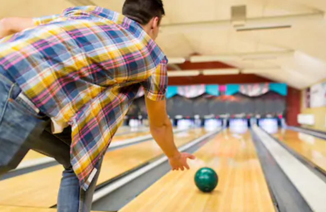 The CLUB Kickoff – Bowling Event